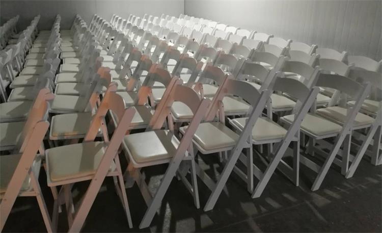 white Wimbledon chairs wholesale