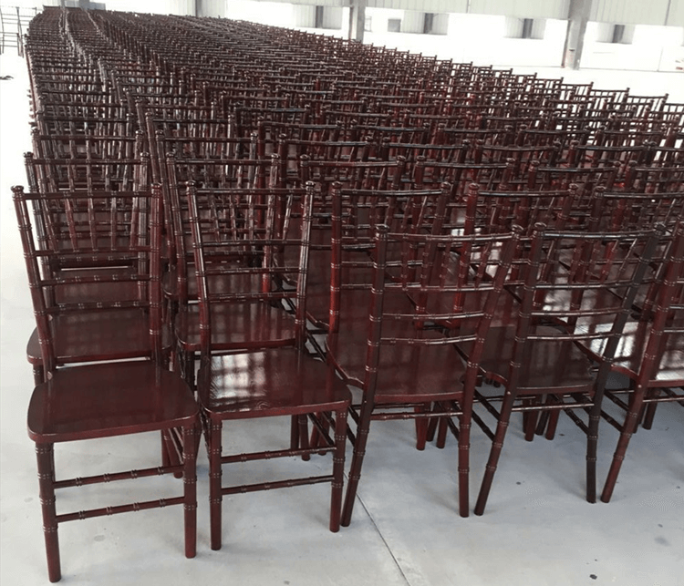 Mahogany wood Chiavari chairs