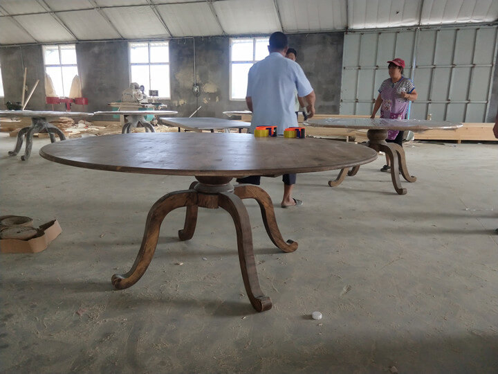 round farmhouse table manufacturer