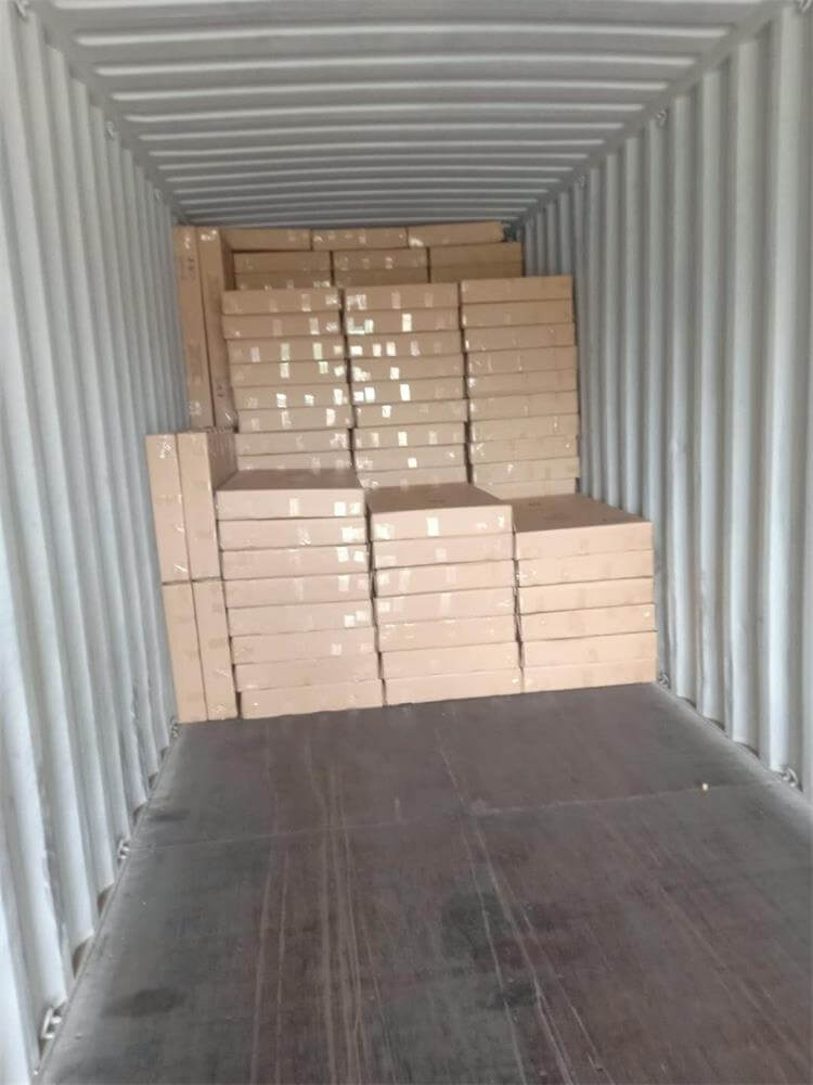 rocking chairs loading container