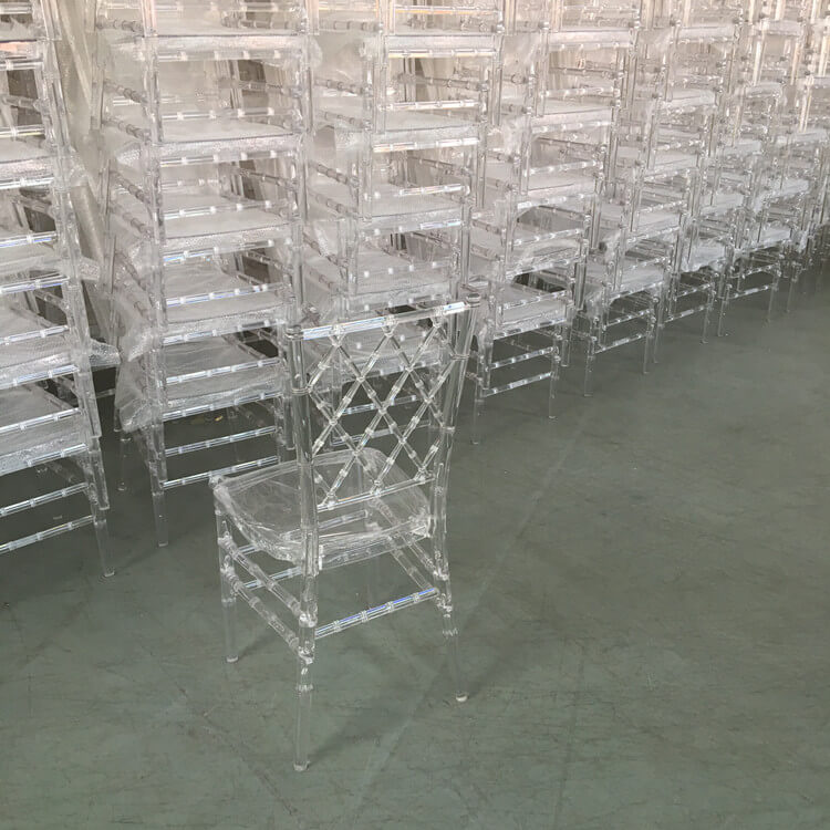resin diamond chiavari chair