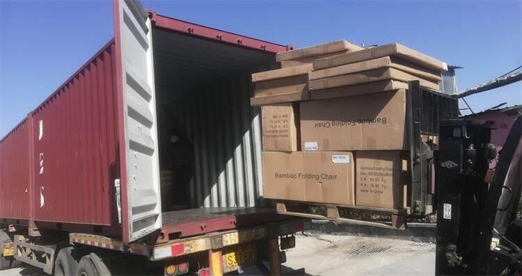 loading bamboo folding chairs