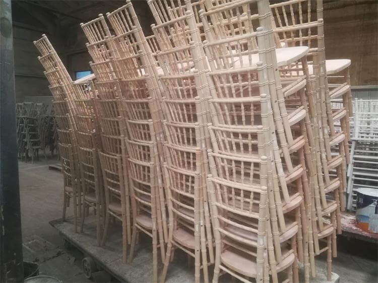 UK chiavari chairs wholesale