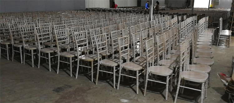 dryness of UK chairs