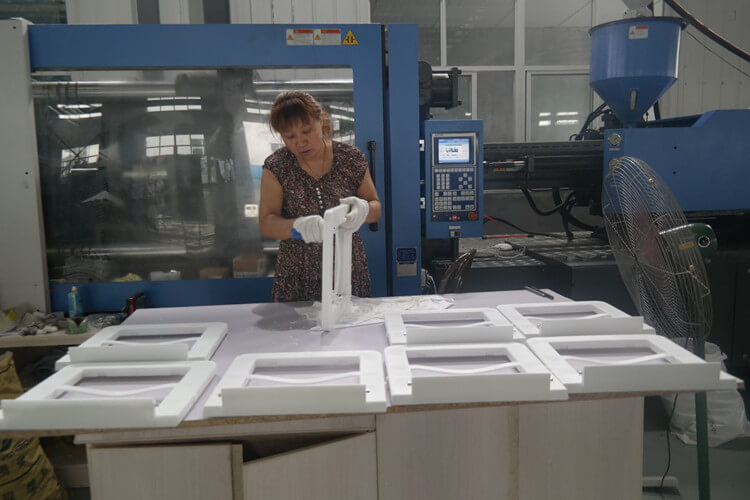 resin folding chair production processing