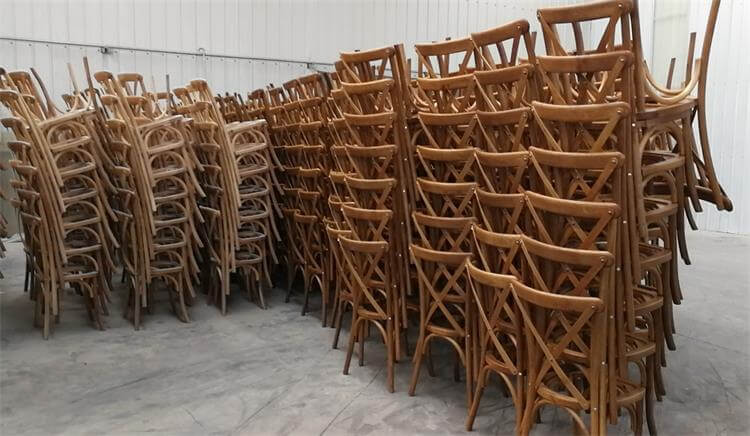 mass production of wooden oak x back chairs