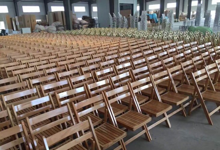 folding chairs for concert