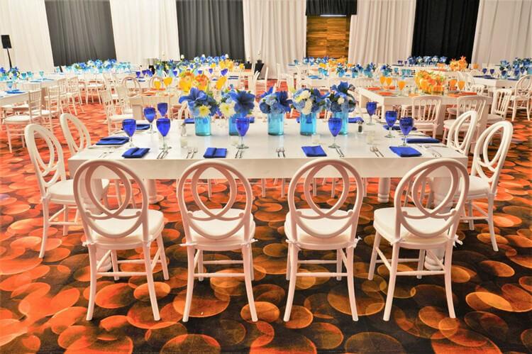 wedding galley of wedding chairs