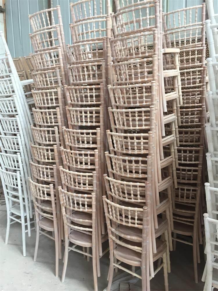 LIMEWASH UK chiavari chairs