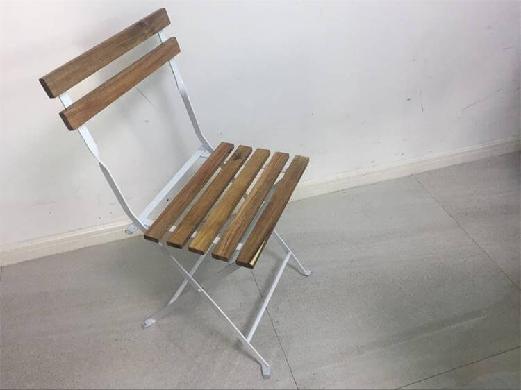metal folding chairs with wood seats
