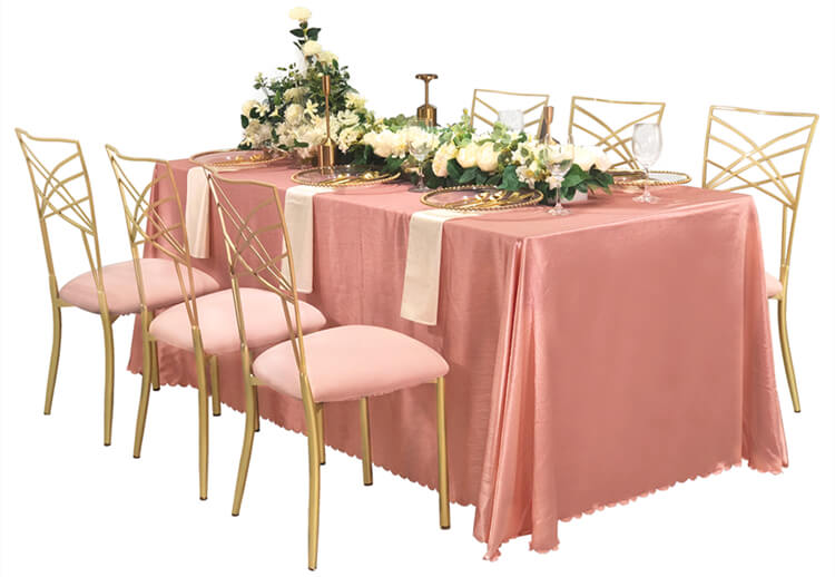 pink table cover decor