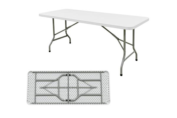 plastic banquet tables