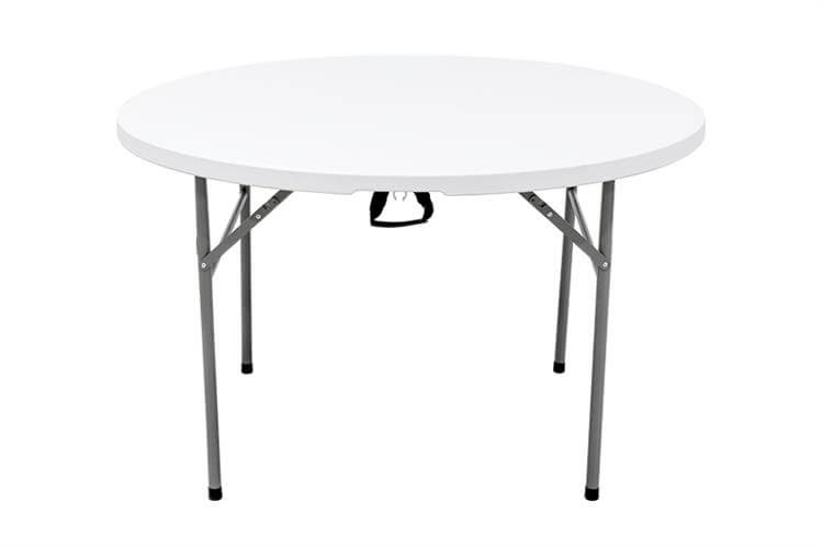 white plastic tables