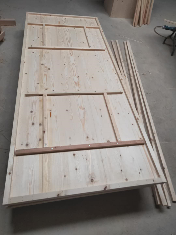 pine wood tables