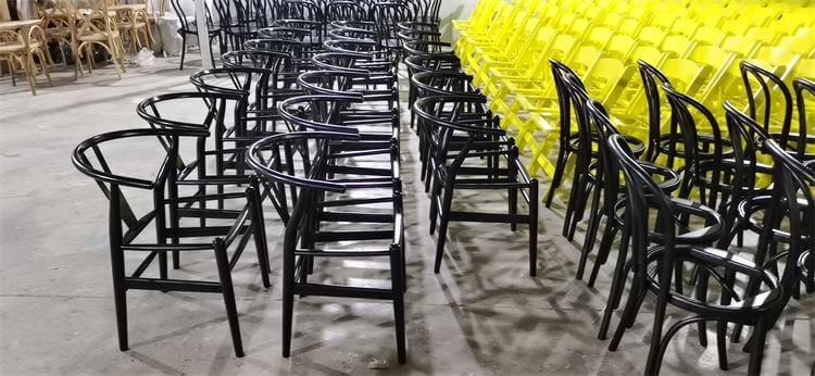 wishbone chairs black