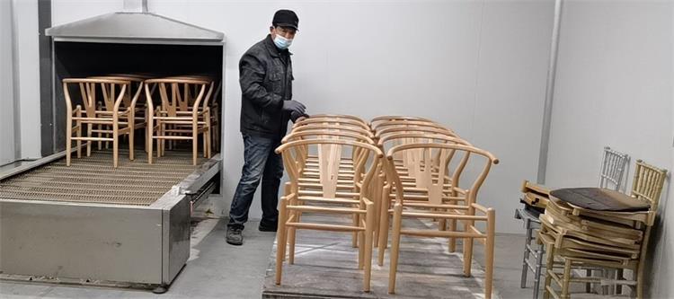 wishbone chairs production