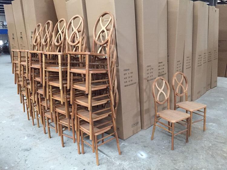 Hourglass chair bulk